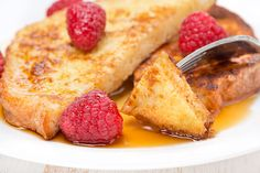 French Toast recipe: Quick, easy and good as the heavens above. Slice Of Bread, Quick Recipes, Free Recipes, Chocolate, Nut Free, Recipe Collection, Breakfast Recipes, French Toast, Sweets