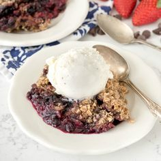 Slow Cooker Berry Crumble is a fast and easy recipe that's made in the crockpot! It's also low sugar. It's like a warm gooey oatmeal cookie!