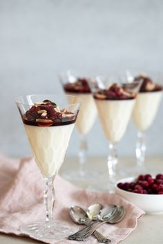 Christmas Sweets, Holiday Desserts, Fika, Panna Cotta, Caramel, Deserts, Dessert Recipes, Food And Drink, Ethnic Recipes