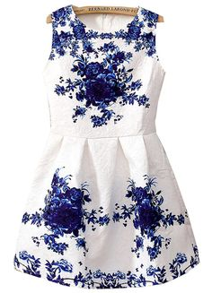 White Sleeveless Porcelain Print Flare Dress US$25.11
