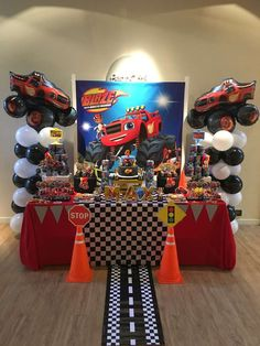 New monster truck birthday party ideas decoration hot wheels ideas Hot Wheels Party, Festa Hot Wheels, Hot Wheels Birthday, Boy Birthday, Blaze Birthday Cake, Birthday Ideas, Third Birthday, Festa Monster Truck, Monster Truck Birthday