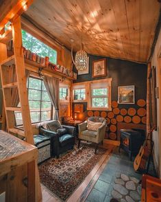 Cozy Cabin, Cozy Cottage, Luminaire Original, Treehouse Cabins, Treehouses, Forest Cabin, Tiny House Nation, Cabin In The Woods, Tiny House Movement