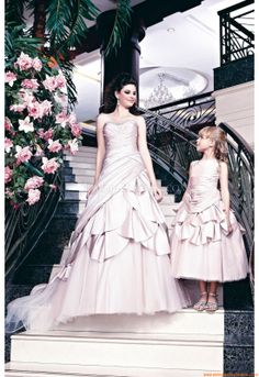 Wedding Dresses Veromia VR 61165 Veromia