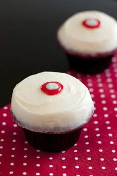 Sprinkles Red Velvet Cupcakes with Cream Cheese Frosting Copycat Recipe
