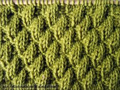 Knitting Stitch - Knit-Purl Combinations. Diagonal k4/ p2 stitches, might try it as 3/1, 1/3 on my vintage KM