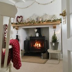 keeping warm in the cottage. It's a Winter Wonderland outside, so deep and more snow coming down, think we will need to dig… Home Interior, Interior Design, Snug Room, Living Room Orange, Winter House, Winter Home Decor, Cedar Homes, Layout, Christmas Inspiration