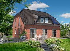 Landhaus 142 - Klinker.  Mehr Informationen zu dem Landhaus 142 von Town & Country Haus aus Klinker unter: http://www.klinker-hausbau.de/landhaus142.html