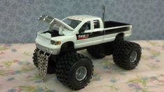 1/64 Custom Lifted, DODGE RAM 2500, CASE, TRICKED OUT, Farm Toy Truck, ERTL