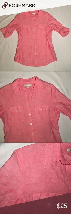 BANANA REPUBLIC Peach Collared Blouse - Size 8 This top is long sleeved and can be rolled up and buttoned to a quarter length position. Classic piece. Ref8#oooq Banana Republic Tops