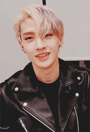 Read ╰ from the story STRAY KIDS REACTIONS by windyewill (◜◞) with 520 reads. Wattpad, Rapper, Fanfiction, Chris Chan, Stray Kids Chan, Losing A Child, Kid Memes, Kpop, Lee Know