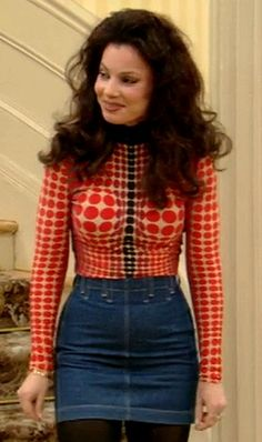 """Naomi Campbell at Jean Paul Gaultier Fall 1995 x Fran Drescher in """"The Nanny"""" Nanny Outfit, The Nanny, 90s Fashion, Vintage Fashion, Fashion Looks, Fashion Outfits, Fashion Trends, Diy Outfits, Look Vintage"""