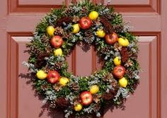 Image result for colonial williamsburg wreaths
