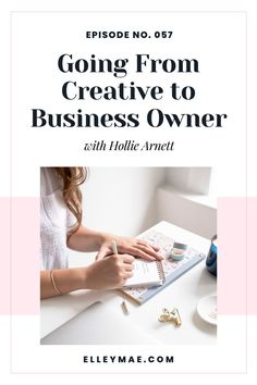 Hollie shares her story in transitioning from freelance designer into the CEO role of her own business and the struggles and accomplishments that came with it along the way. Plus get tips on how to turn you passion into a successful online business! #BusinessSuccess #OnlineBusiness