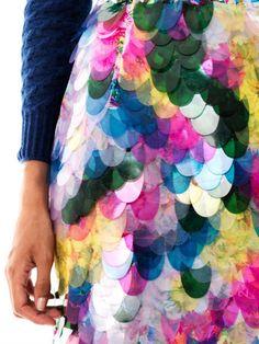 Erdem Aysha Floralprint Fish Scale Sequin Skirt in Multicolor (floral) - Lyst Quirky Fashion, Look Fashion, Fashion Details, Fashion Design, Textiles, Design Textile, Lesage, Erdem, Fabric Manipulation