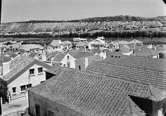 Costa de Caparica, Almada, Portugal by Biblioteca de Arte-Fundação Calouste Gulbenkian, via Flickr