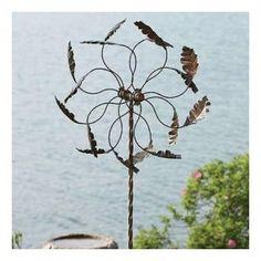 ... Oak Leaf Pinwheel Wind Spinner Metal Yard Art Garden Stake (AG87138