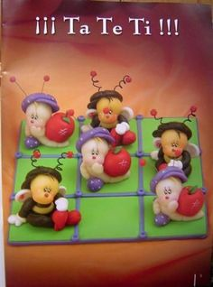 Picasa Web Albums - Denise Matos links to lots of interesting figure related pictures and ideas Polymer Clay Projects, Diy Clay, Biscuit, Cold Porcelain, Painted Porcelain, China Porcelain, Tic Tac Toe, Painted Books, Fondant Figures