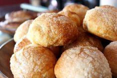 Tradicionales bolitas de queso crema estilo Mérida como las de Tere Cazola Yeast Bread, Latin Food, Baking Recipes, Delish, Bakery, Deserts, Food Porn, Yummy Food, Cooking
