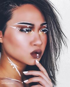 "5,935 Likes, 52 Comments - ☾ D I V I N A (@divinamuse) on Instagram: ""- Futurism -  Using @makeupforeverofficial flash palette . . #makeup #makeupart #makeupporn…"""
