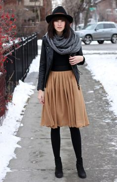 Sexy Winter Skirt Outfit Ideas (17)