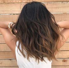 Balayage effet soleil cheveux bruns