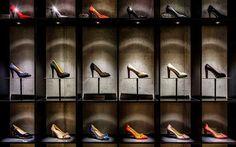 Diseño de locales: Las 22 zapaterías más espectaculares