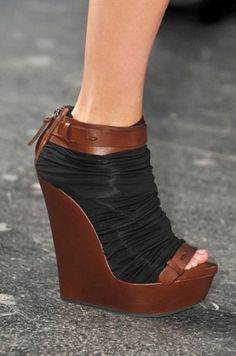 Givenchy 2010 Black and Brown Wedges. Gorgeous, stylish and perfect for casual occasions.love these shoes