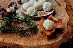 Marsipankonfekt med hvit sjokolade og lime Stuffed Mushrooms, Lime, Vegetables, Food, Stuff Mushrooms, Limes, Essen, Vegetable Recipes, Meals
