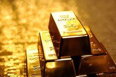 Harga emas batangan naik Rp 2.000   PT Rifan Financindo Berjangka Cabang Axa Tercatat, harga emas Antam sebelumnya mengalami penurunan ke level Rp 588.000 dari posisi sebelumnya Rp 589.000 per gram. Setelah libur Pilkada, harga emas batangan PT Aneka Tambang (Antam) pada perdagangan Kamis (16/2/2017) naik Rp 2.000 menjadi Rp 590.000 per gram. Artikel terkait:…