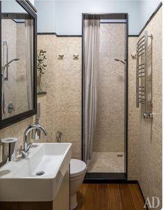 Banheiro do Dan (referencia AD Russia)