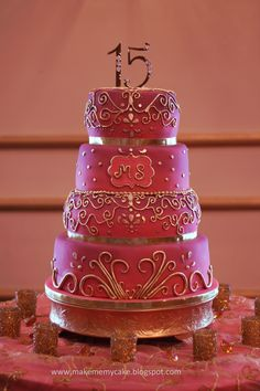 Pink arabian cake - This cake for a special girl. She wanted also a cake as special as her, different and soooo pink!! ;)
