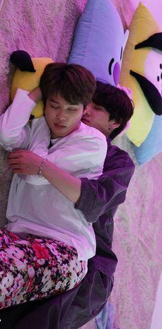 Jungkook Sleep, Jimin Jungkook, Taehyung, Jikook, Bts Sleeping, Bts Calendar, Bts Maknae Line, Foto Jimin, Bts Aesthetic Pictures