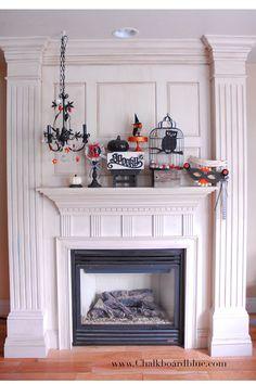 halloween mantle... love the chandelier