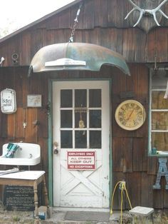 I so want this above the gate or door leading into the patio area from the  road. So Cool!