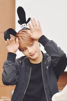 #jun Mingyu Wonwoo, Seungkwan, Hoshi, Vernon, Seventeen Junhui, Hip Hop, Wen Junhui, Adore U, Seventeen Debut