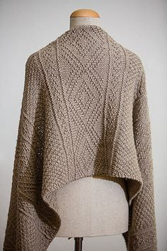 Шарф спицами *Ludlow* от Julie Hoover - Perchinka63 Knit Wrap Pattern, Knitting Patterns, Knitted Shawls, Knitted Scarves, Outlander Knitting, Prayer Shawl, Knit Fashion, Knitting Stitches, Shawls And Wraps