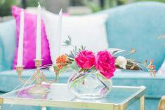 roz fucsia în design interior Table Decorations, Interior Design, Furniture, Home Decor, Nest Design, Decoration Home, Home Interior Design, Room Decor, Interior Designing