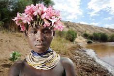 Menina Tribo Karo~ Lower Omo Valley, sul da Etiópia