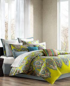 Dormitorios principales encantadores                                                                                                                                                     Más