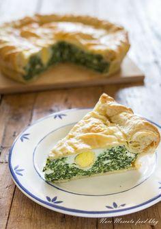 Torta Pasqualina, con ricotta, spinaci e uova sode, tipica di #pasqua #food #cucina #homemade