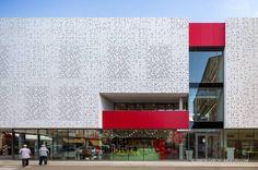Biblioteca Salvador Vives Casajuana | Batllori & Trepat arquitectes  | Fotografía de arquitectura · Architectural photography | www.arqfoto.com © Simon Garcia