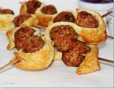 Leveles húsgolyónyárs - Kemény Tojás receptek képekkel Muffin, Breakfast, Ethnic Recipes, Food, Breakfast Cafe, Muffins, Essen, Yemek, Meals