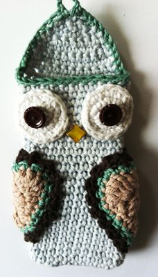 I already have a phone cozy that's an owl...but I'd love to make these for people!