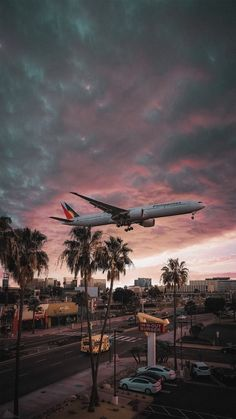 Airplane Wallpaper, City Wallpaper, Tumblr Wallpaper, Sunset Wallpaper, Aesthetic Backgrounds, Aesthetic Iphone Wallpaper, Aesthetic Wallpapers, Airplane Photography, Nature Photography