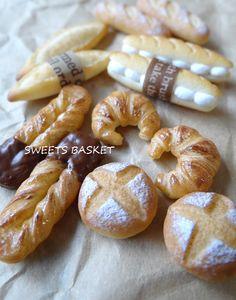 までみゅ~さんへ発送完了♪ の画像|SWEETS BASKET (S*Basket) Miniature Crafts, Miniature Food, Miniature Dolls, Fimo Polymer Clay, Polymer Clay Miniatures, Tiny Food, Fake Food, Clay Magnets, Cute Clay
