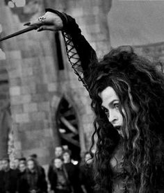 Helena Bonham Carter as Bellatrix Lestrange. Harry James Potter, Magia Harry Potter, Harry Potter World, Hogwarts, Slytherin, Helena Bonham Carter, Expecto Patronum Harry Potter, Marla Singer, Severus Rogue