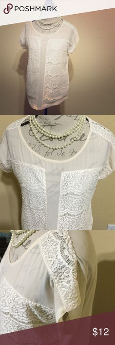 R&J Couture lace panel sheer blouse Romeo and Juliet Couture EUC lace panel sheer blouse with gorgeous romantic boho details reminiscent of FREE PEOPLE and FOR LOVE OR LEMONS! High quality and on trend! Cream color with ivory lace. Best fit 6 - 8 hits under bum🙌💕 Romeo & Juliet Couture Tops