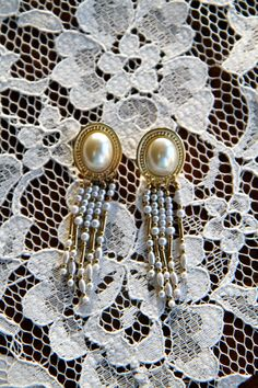 Day Dreamer Vintage Earrings