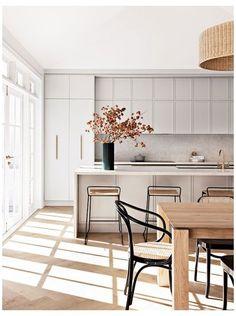 Interior Design Minimalist, Interior Desing, Contemporary Interior Design, Modern Kitchen Design, Interior Design Kitchen, Modern White Kitchens, Modern Home Interior, White Contemporary Kitchen, Flat Interior