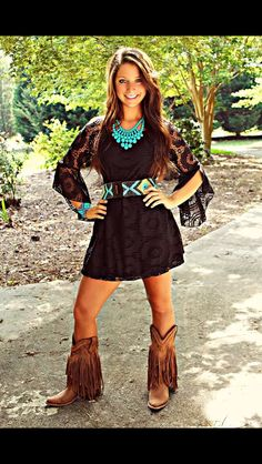 picture perfect lace dress in black from Southern Fried Chics. Saved to Dresses. Country Girls Outfits, Country Dresses, Western Outfits, Western Wear, Girl Fashion, Fashion Outfits, Womens Fashion, Fashion Clothes, Estilo Cowgirl